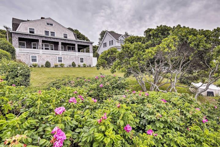 Oceanfront Cape Cod Home w/ Deck + Private Beach!