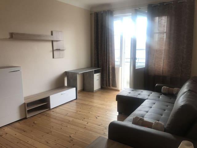 Geräumiges 3 Zimmer Apartment in Adlershof
