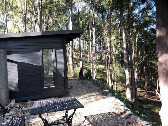 """""""The Bush Studio"""" - Off Grid!   Suitable for Nature Lovers !!!"""