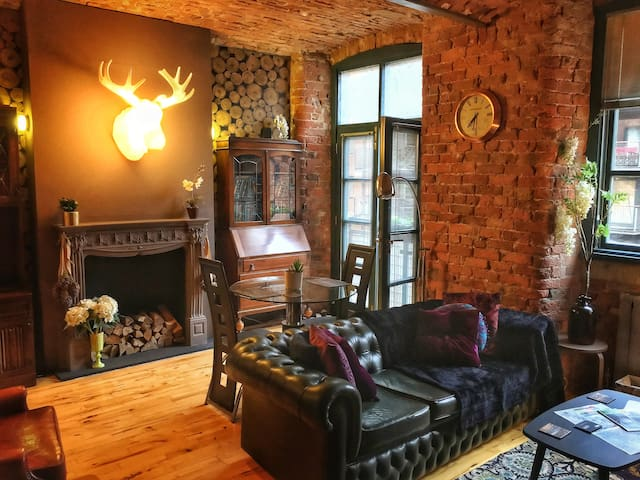 Designer loft living in historic listed mill - Manchester