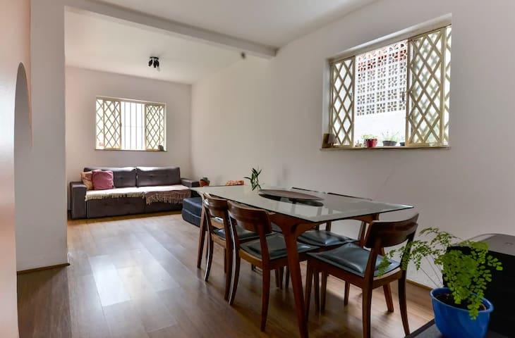 Quarto privado em Pinheiros, na Mateus Grou. - São Paulo - Casa