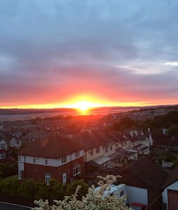 Estuary views, double plus pull out bed sleeps 3rd - Exmouth - Rumah