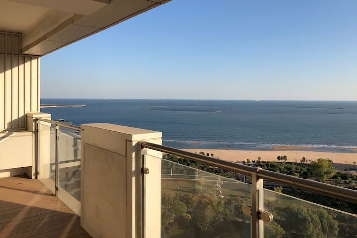 【Emma · H】海碧台 · 一线海景3分钟至沙滩 · 20层 · 120平 · 15平观海露台