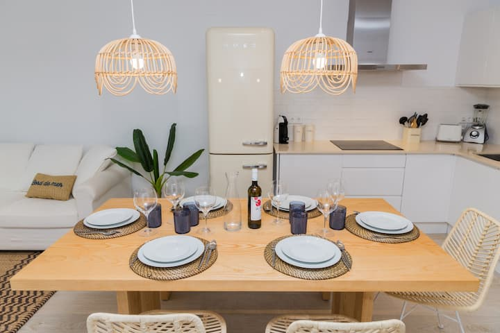 Altamar Plus Apartment Javea Arenal, Stylish with AC, Wifi, Terrace and Pool