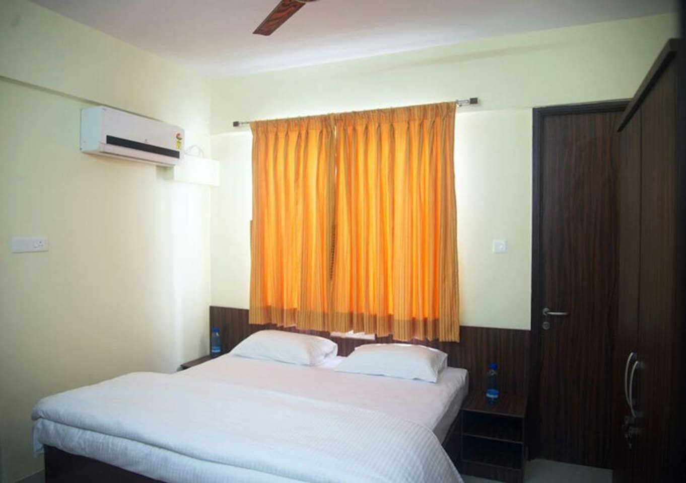 Double Bedded room.