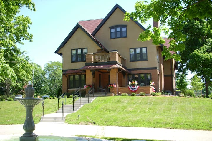 Westphal Mansion Inn Bed and Breakfast