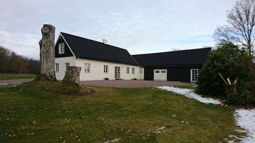 Fantastiskt hus på landet - Ängelholm N - Casa