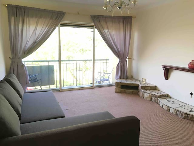 2-bed near Glasgow