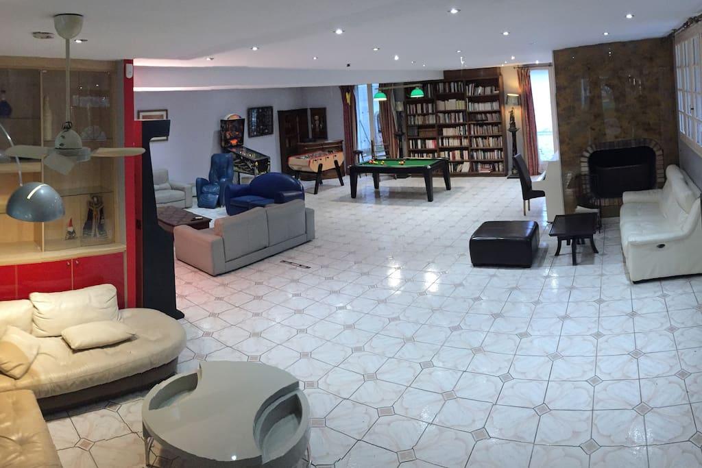 Salon (105 m2)