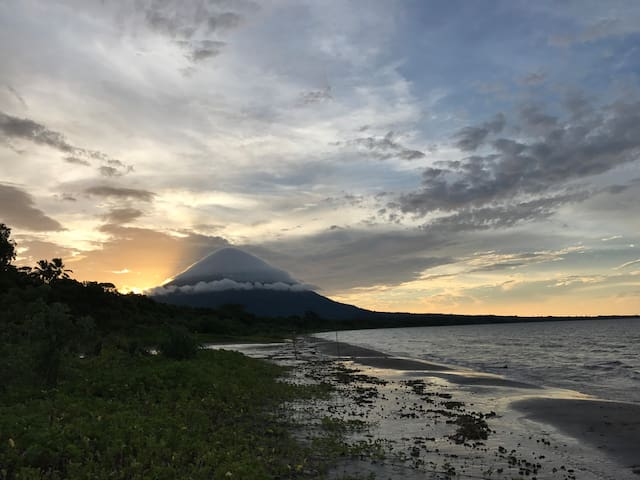 Bella Beach Casita on Ometepe w/Wifi, kitchen !
