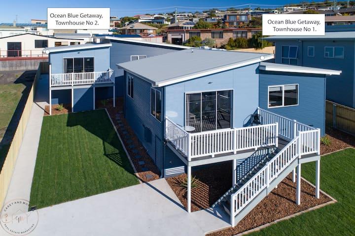 Ocean Blue Getaway - Townhouse 1