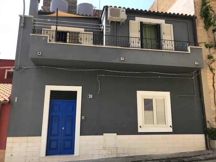 Little house in the heart of Sicily