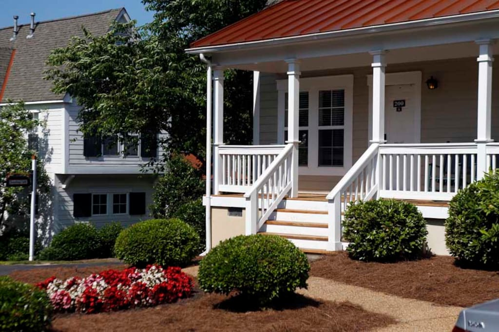Private Cottage In Exclusive Resort Spring Break Serviced Apartments For Rent In