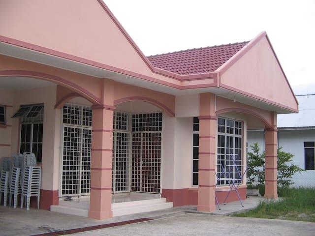 Tie Villa Guest House Kubang Kerian - Kota Bharu - Ev