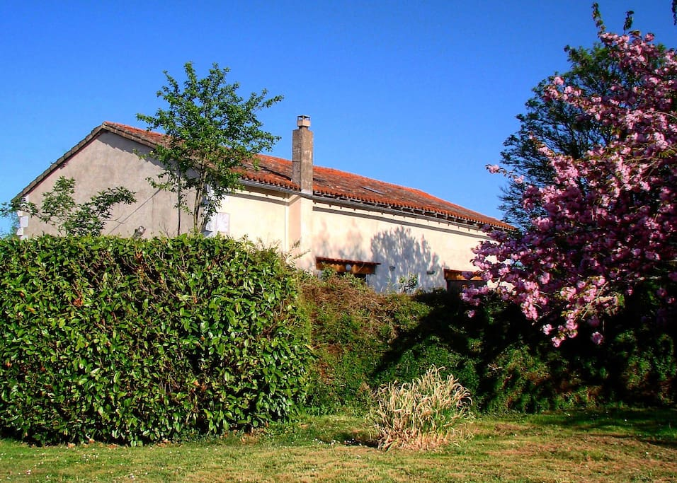 A secluded location in a hamlet of twelve properties