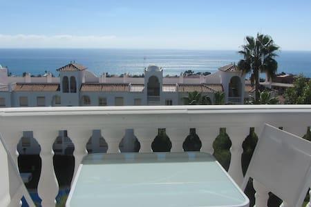Apartamento vistas al mar - La Cala del Moral - อพาร์ทเมนท์