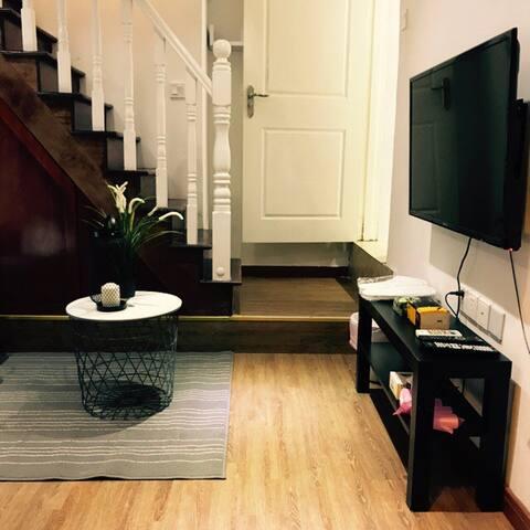 「10分」之五 法租界茂名路上罕有獨享loft小型居住空間 - 上海 - House