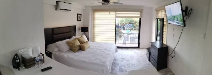 Loft 127 Plaza Marina
