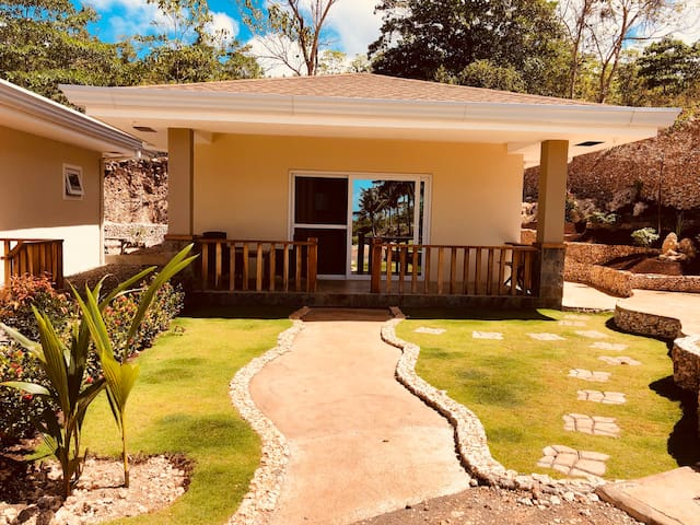 Avocado Private bungalow with Barbecue area