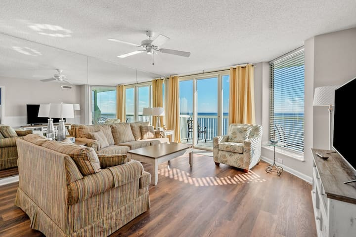 PARADISE POINTE...first-class, oceanfront, family-friendly condo with lots of amenities