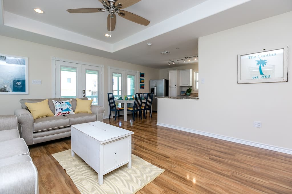 This open floor plan is great for entertaining.