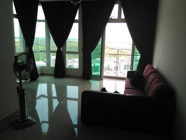 SPACIOUS 2 bedroom near Legoland - Nusajaya - Apartment