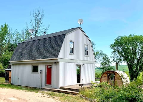 Modern Farmhouse with Beaver Valley Views