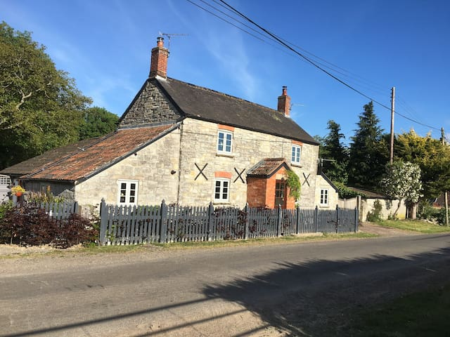 The Lost Canal Bed & Breakfast at Old Star Cottage