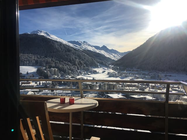 Spectacular View & Central Location in Davos, 50m2