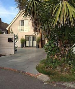 The Palm House - East Preston
