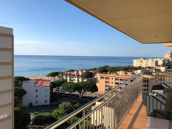un apartamento vistas mar platja aro