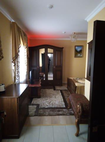 Апартаменты в новой гостинице. 1 ком. номер 1.