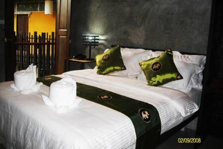 Superior room @ Hernlhin Natural Resort - Tambon Sop Mae Kha