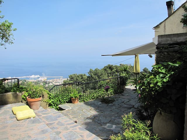 chambre familiale - Bastia - Bed & Breakfast