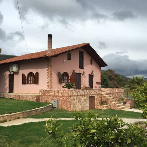 Traditional Private Villa Korinthos,Ag.Theodoroi