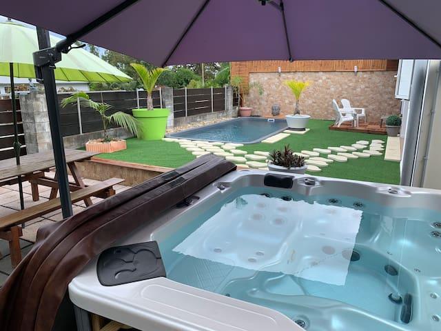 CAZABILBO piscine chauffée et SPA