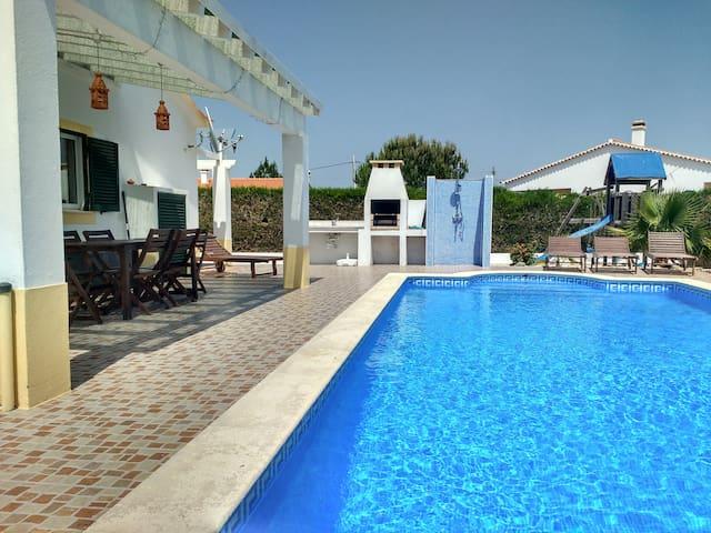 Casa Luna - private villa with pool!