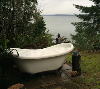 Old Pine: Cozy & Rustic Cabin on the Sound - Olympia - Rumah
