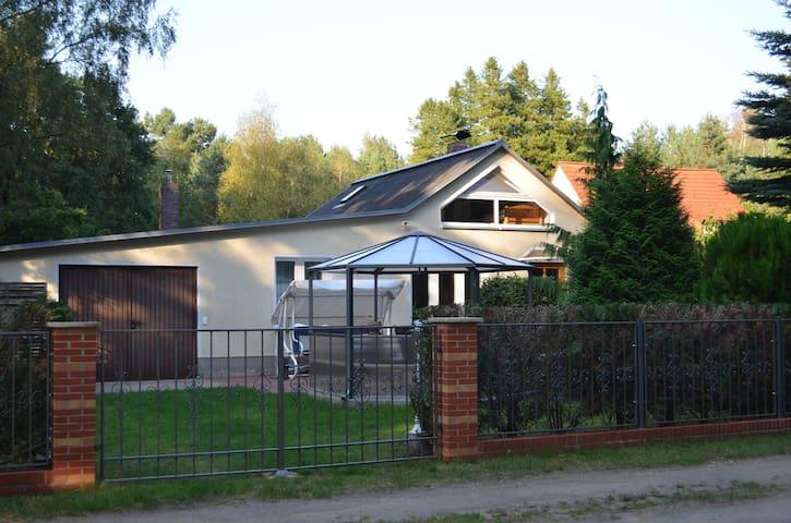 Ferienhaus Kiefernwald - Borkwalde - Huis