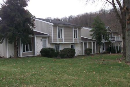 Derby Rental - Prospect - Ház