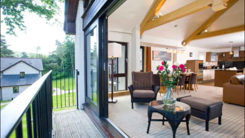 Hogmanay Luxury Lodge | Dunkeld ( Sleeps 8 ) - Perth and Kinross - Chalupa