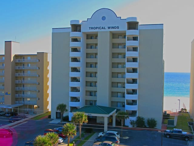 Gulf Front~Spectacular Views~Fall Into a Great Vacay & Book Now!