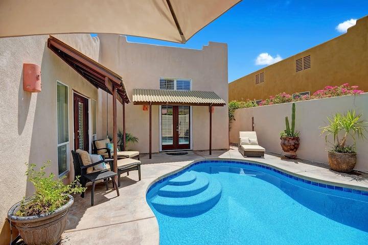 Desert home w/Mountain Views & Pebble Tec Pool