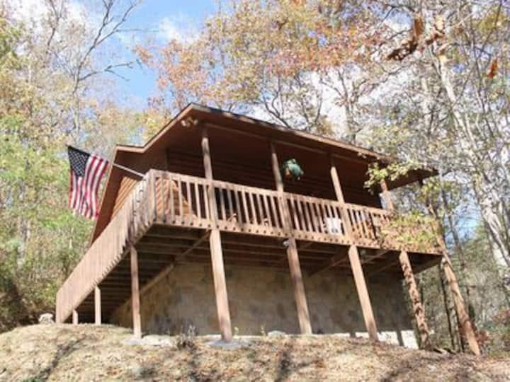 *Special* Perfect Cabin Getaway! Gatlinburg/PF