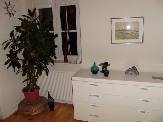 Freundliches und helles Zimmer