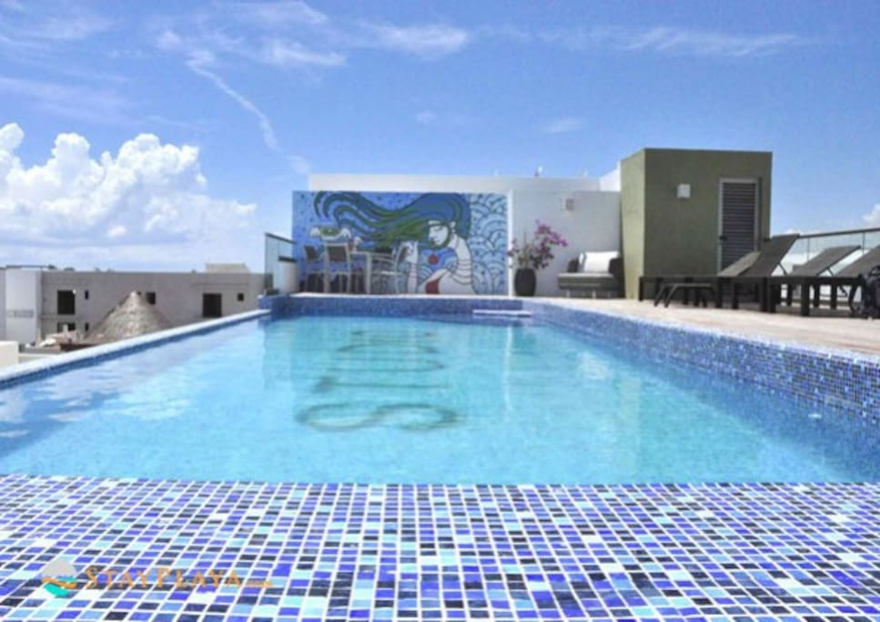 Another view of the beautiful roof top pool area