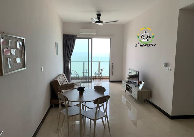 Picturesque Sea View Homestay @ Silverscape Melaka