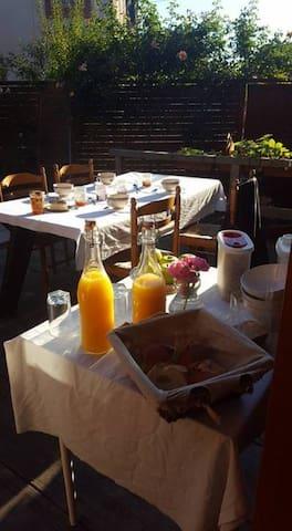 Chambre Twin (deux lits) petit-déjeuner inclus - Sainte-Marie-aux-Mines - Talo