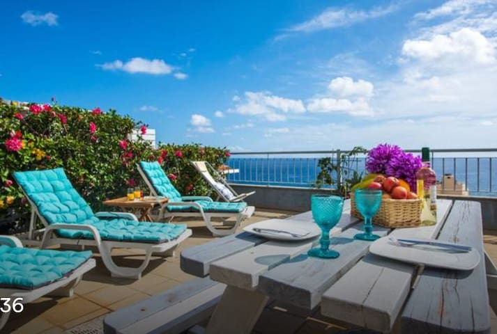 TRIPLEX TERRACE & BALCONY, OCEAN EXCLUSIVE VIEW