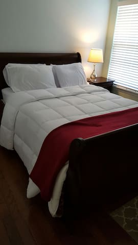 Resort Style, Quiet Cozy *Sleeps 30 - Lithonia - Casa